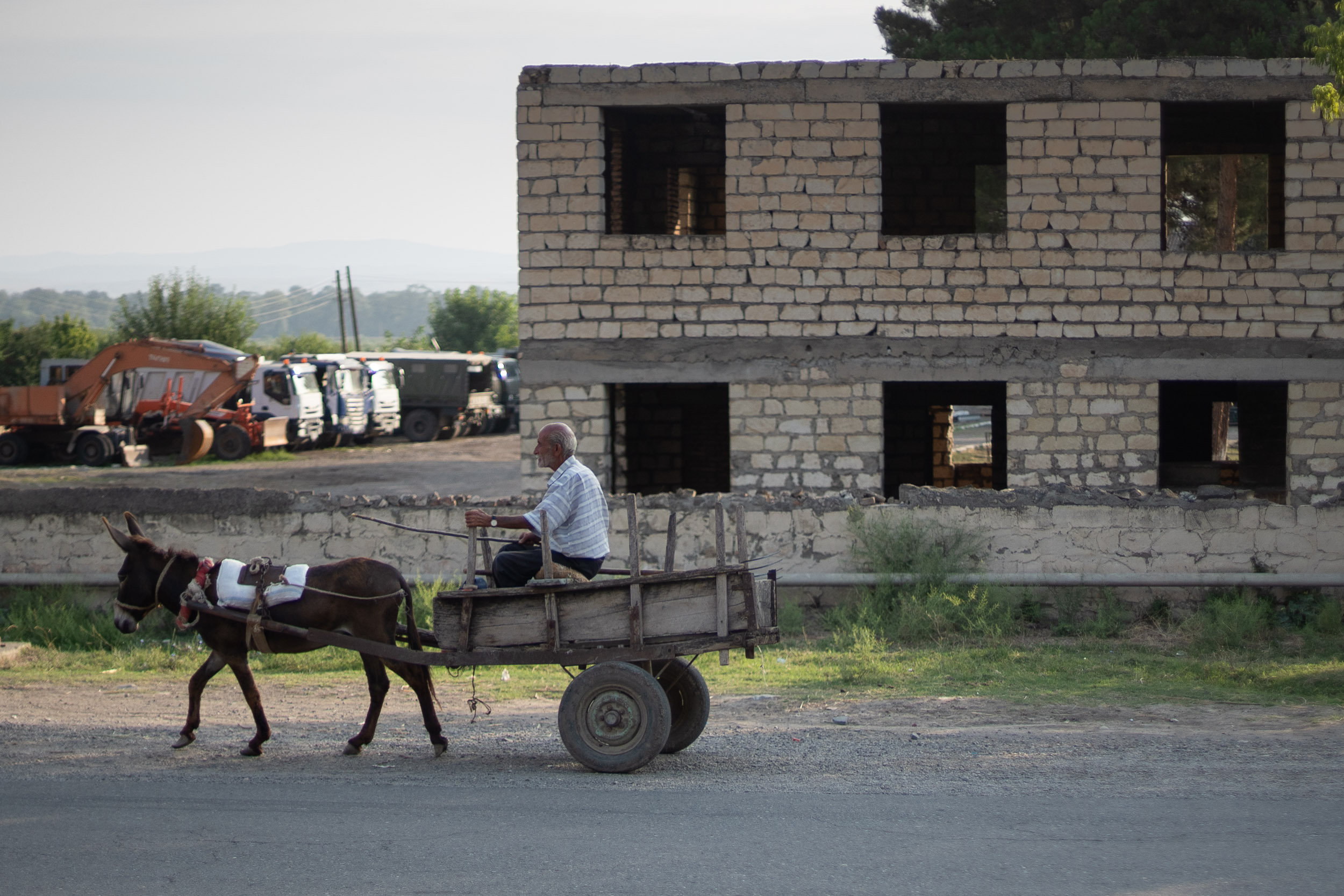 Azerbajian horse drawn cart