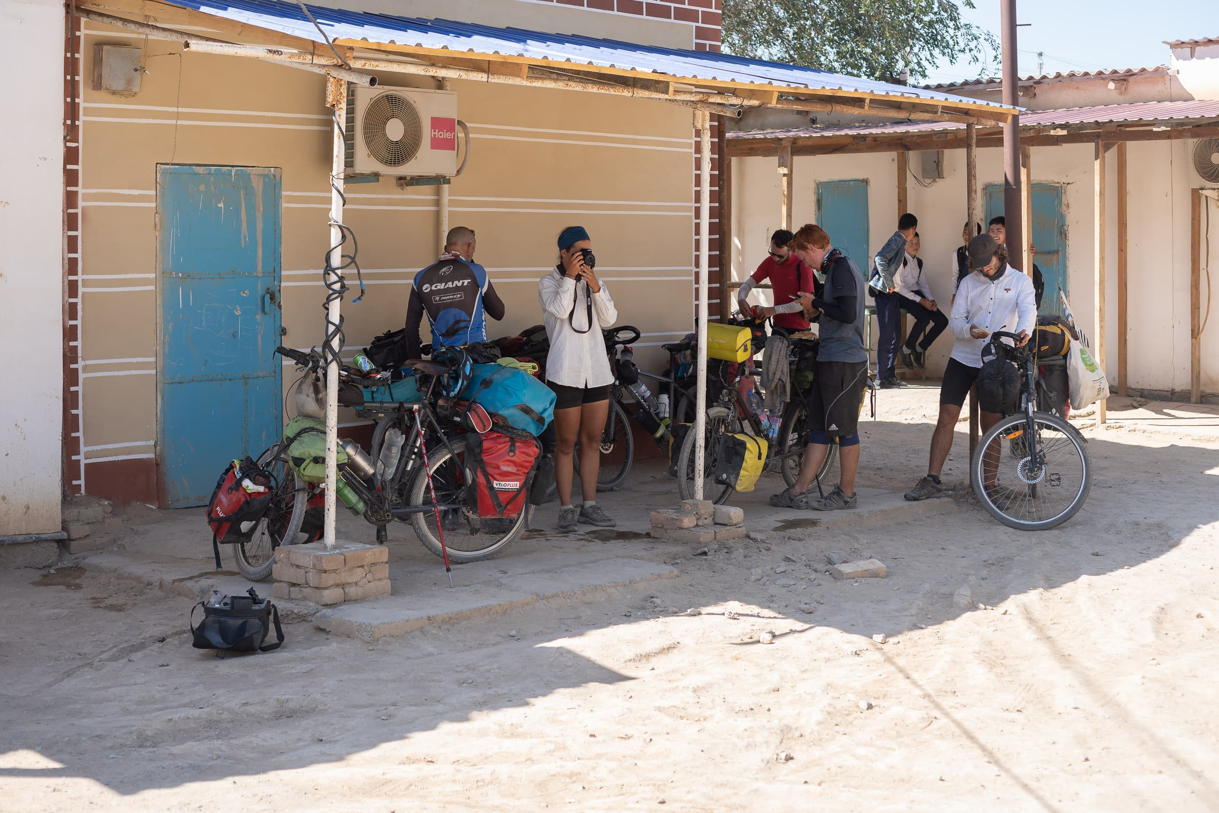 Bicycle touring crew Uzbekistan