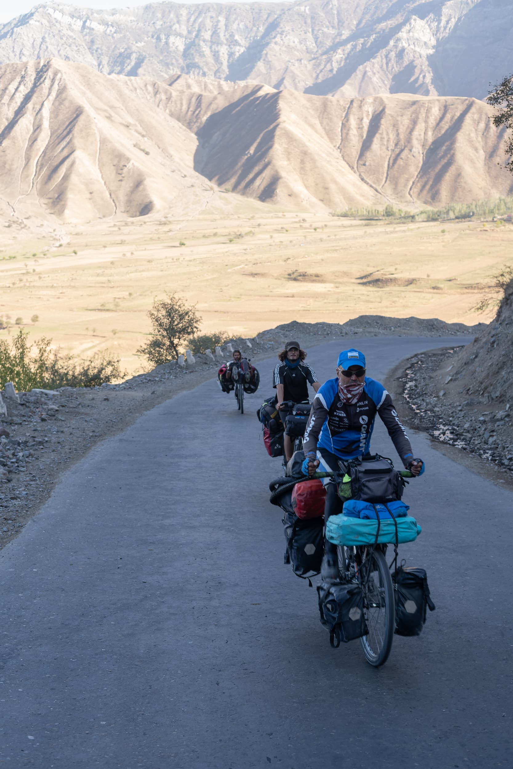 cycling pamir highway